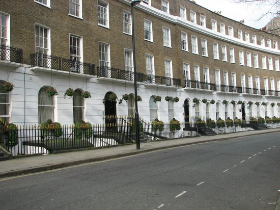 Studios2Let Serviced Apartments - Cartwright Gardens: Em frente.