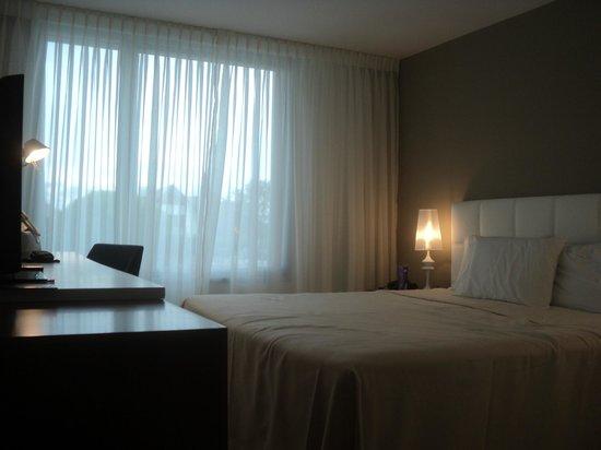Real Colonia Hotel & Suites: Hermosa habitacion..
