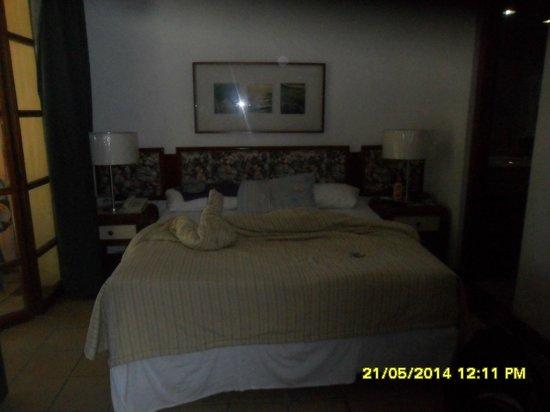 Dunes Hotel & Beach Resort: Habitación