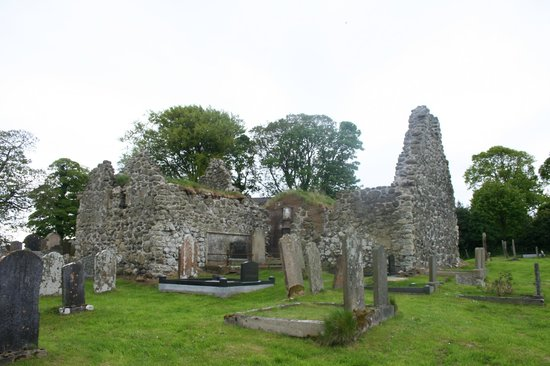Templecorran Graveyard: The old church.