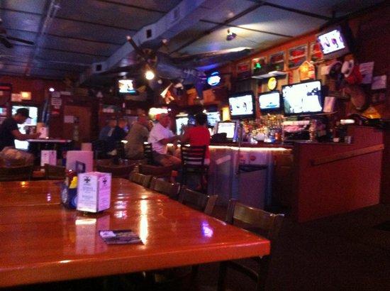 Fokker's Pub: Fokker's bar