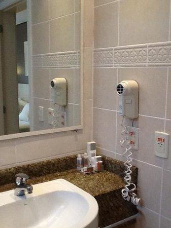 Intercity Florianopolis: banheiro Intercity