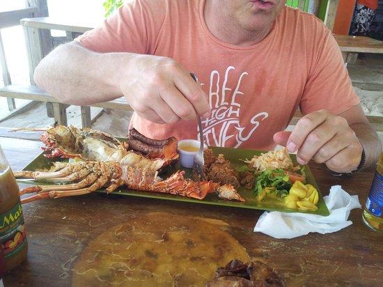 Sandy Island : seafood dinner