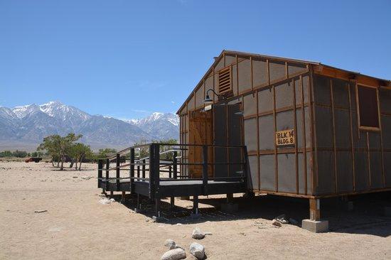 Manzanar National Historic Site: Barracks replica