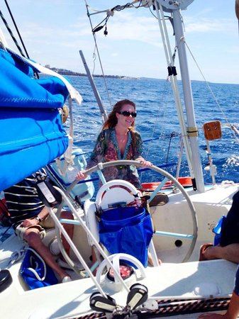 Folly Too : Everyone gets a chance to drive the boat