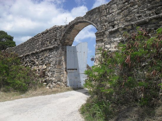 Fort James: Entrance