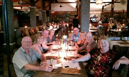 Mozzarella Restaurant and Bar: Great place to share with friends