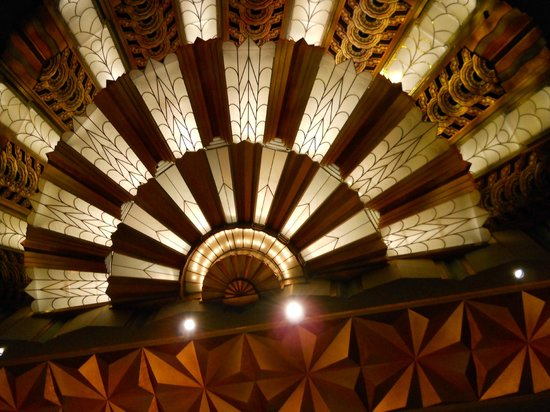 Martin Woldson Theater at the Fox: Fox theater ceiling.