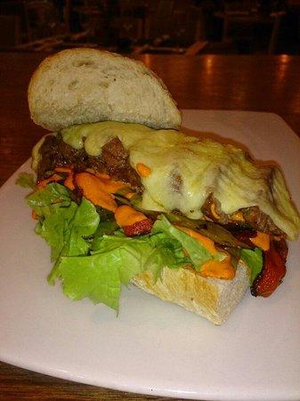 Zuni: Steak Sándwich!!!!