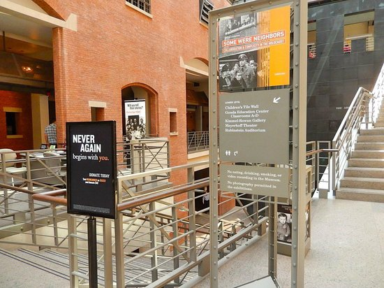 United States Holocaust Memorial Museum : As we were leaving ...