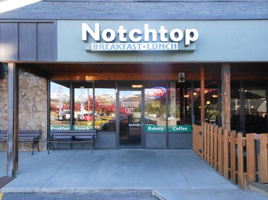Notchtop Bakery & Cafe : Facade