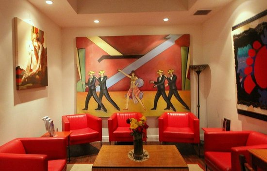 Harrison Hotel: Lobby art