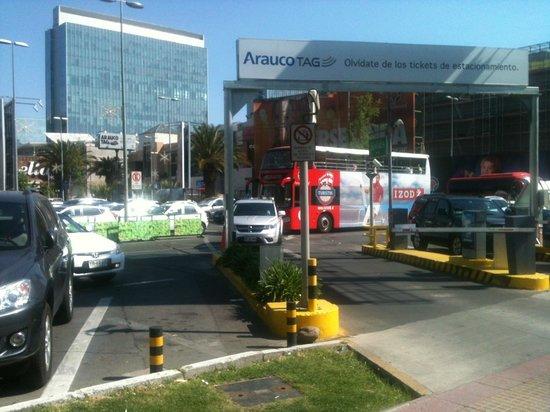 Parque Araucano : Estacionamento