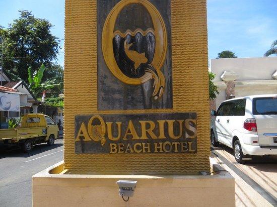 Aquarius Beach Hotel Sanur: close to  road but quiet inside