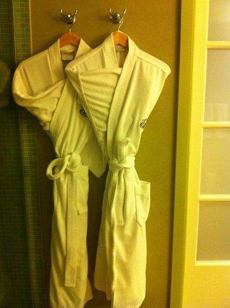 Fairmont Sonoma Mission Inn & Spa: Robes!