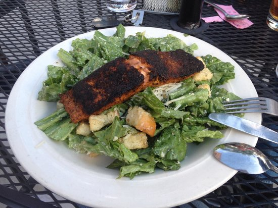 Blue Moon Bar & Grille: Cesar Salad with Blackened Salmon. Salmon was thick and perfectly cooked, moist on the inside. Y