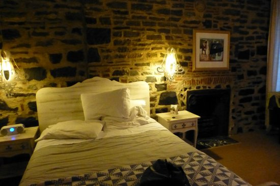 Auberge Place D'Armes : Wish I could move in!
