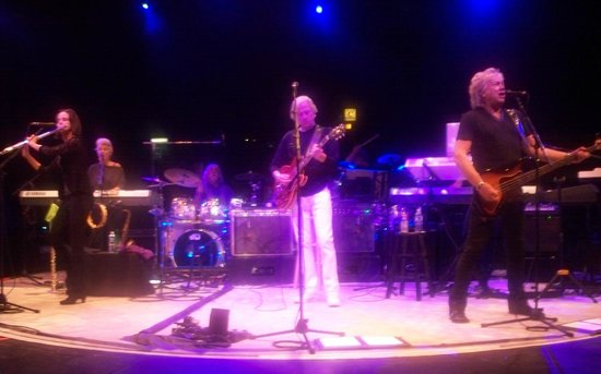 NYCB Theatre at Westbury : Moody Blues from the 2nd row!
