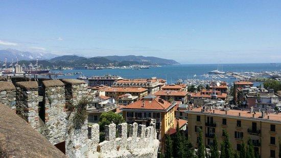 Vista dalle terrazze del castello - Foto di Castello di San Giorgio ...