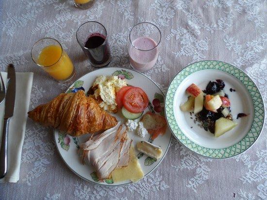 Toftaholm Herrgard Hotel: Breakfast
