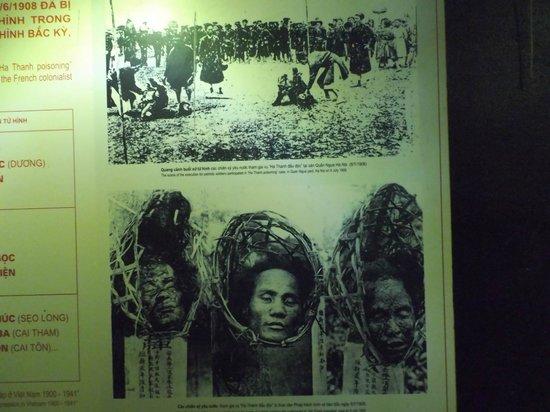Hoa Lo Prison: ギロチンで斬首された人の写真
