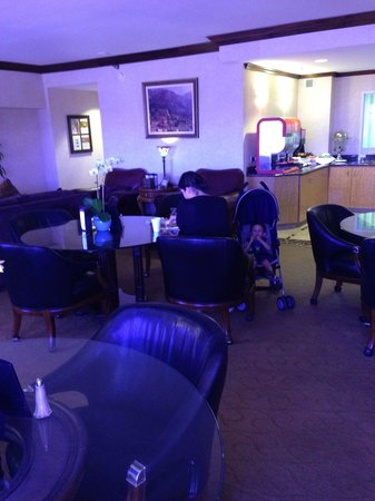 Spa Atlantis: Concierge lounge in it !!