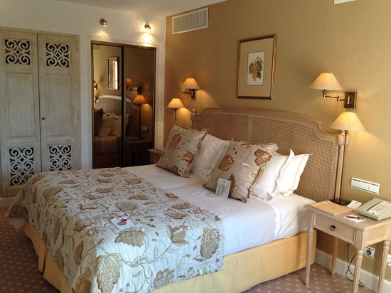 Hotel Byblos Saint Tropez: Our suite room