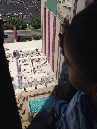 Spa Atlantis: 17th floor view!!