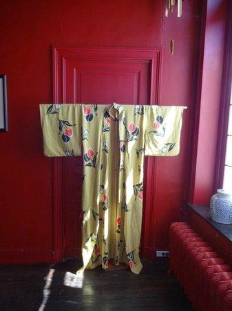 Lady Jane B&B: One of several display kimono