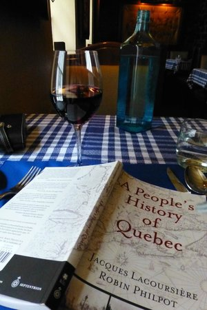 Aux Anciens Canadiens : Blue checkered table cloths and a nice glass of wine at lunch-- love it!