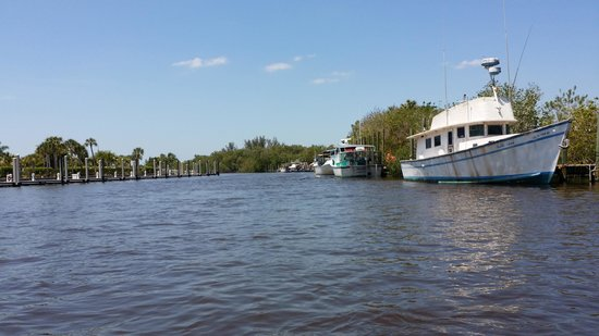 Captain Jack's Airboat Tours: Getting ready to go!