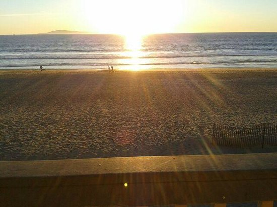 Inn on the Beach : Great sunsets!