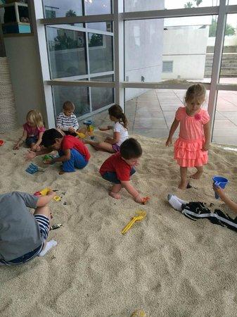 Glazer Children's Museum: Sand pit