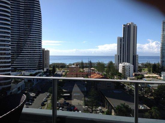 Meriton Serviced Apartments - Broadbeach: View from Balcony