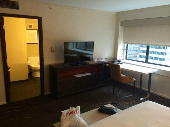 Grand Hyatt Denver Downtown: Mountain view suite