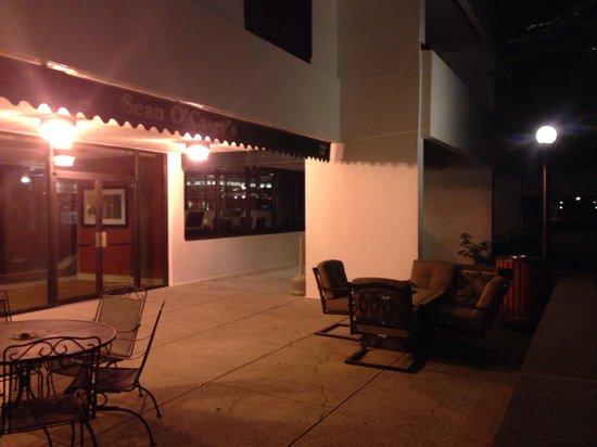 Park Ridge Marriott: Night life