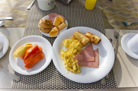 Hotel Bahia Sardina: Desayuno