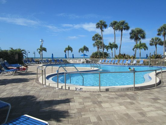 Sarasota Surf and Racquet Club: Pool