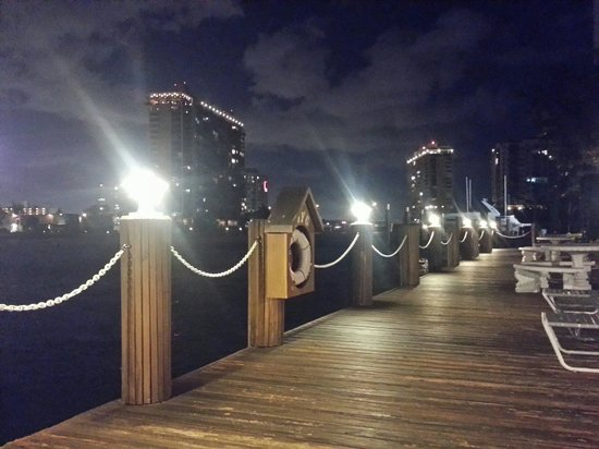Holiday Isle Yacht Club: Waterway