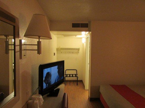 Motel 6 Laramie: Hall