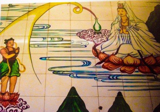 Khoo Kongsi : Tile mural of Kuan Yin