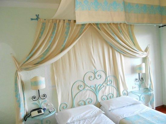 Grand Hotel Smeraldo Beach: Room
