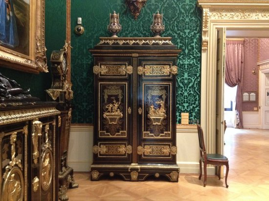 Wallace Collection: Boulle furniture