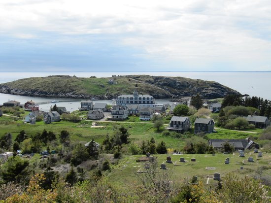 John Sterling Harbor House: Monhegan and Manana Island