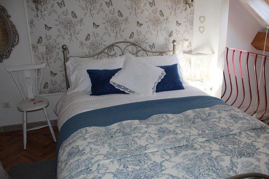 Cinco Bed & Breakfast : Cottage bedroom