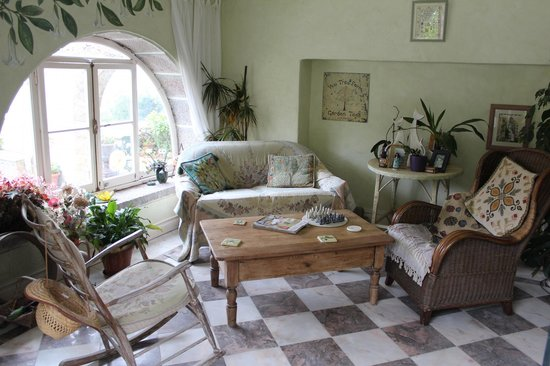 Cinco Bed & Breakfast: Garden Room