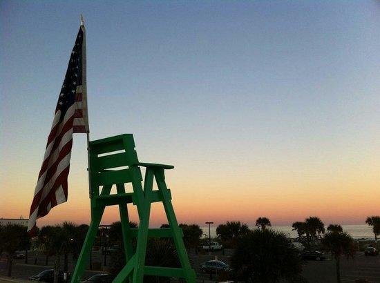 Lynch's Irish Pub: Sunrise with the Dunsvant Decor, TRiTON design lifeguard chair. #isupportblob