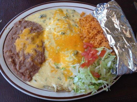 Andele Restaurant: Huevos Ranchero with Green Chile Sauce