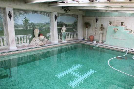 Cinco Bed & Breakfast: Pool