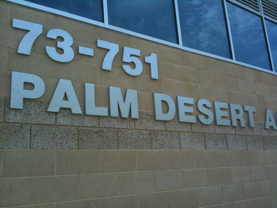 Palm Desert Aquatic Center : Address